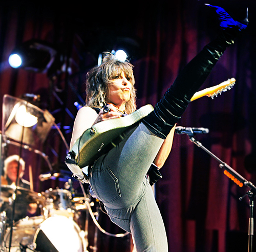 Chrissie Hynde of The Pretenders at the Vic Theater