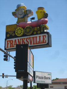 Franksville hotdog sign Norridge Chicago