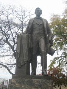 Abraham Lincoln statue Lincoln Square