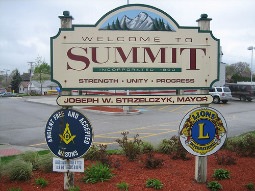 Summit Illinois sign