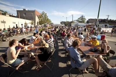 Food truck social 2011.jpg