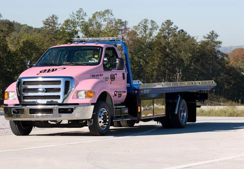pinktowtruck_450_2394_451_2394_low.jpg