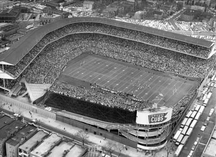 wrigley-field-chicago-bears-football.jpg