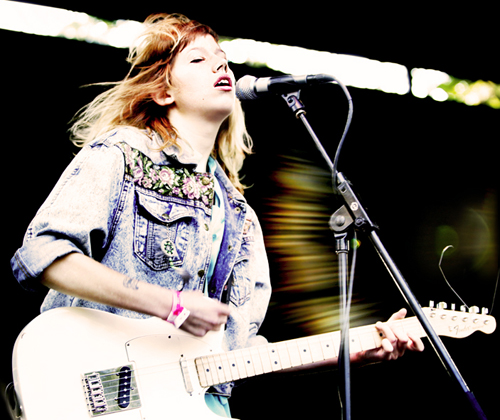 Vivian Girls low res.jpg