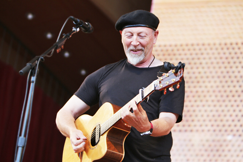 Richard Singer Richard Thompson Lead Singer